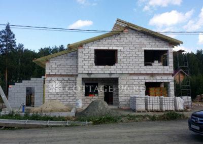 Продолжается строительство дома в КП «Европа-Азия»